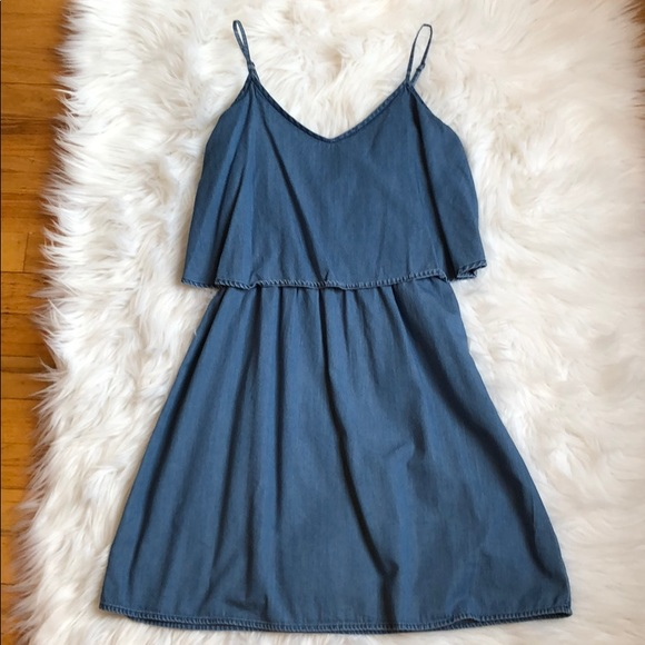 Old Navy Dresses & Skirts - Chambray dress